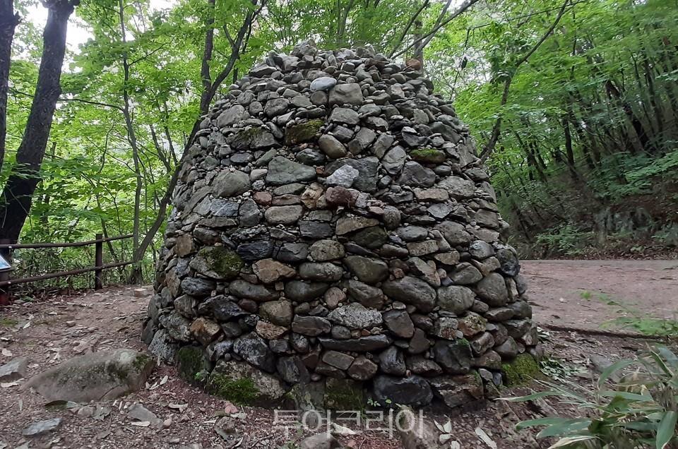 소원을 빌면 이뤄진다는 소원성취탑